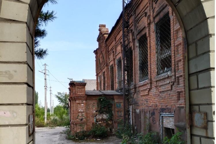 Смельчаки уже нашлись? Старые особняки на Братьев Захаровых ждут арендаторов