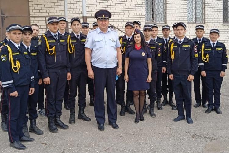 Госавтоинспекция Балаково провела экскурсию для кадетов Губернаторского техникума