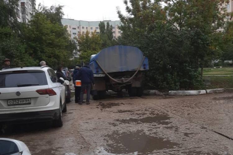 В Балаково из-за аварии 2600 человек остались без водоснабжения