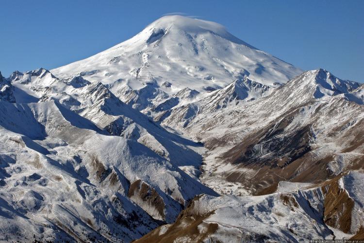 Что случилось этой ночью. Погибших альпинистов на Эльбрусе уже пятеро