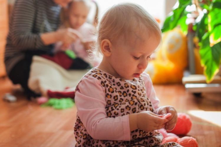 В Балаково за сутки 7 детей заболели коронавирусом. Число жертв увеличилось на 5