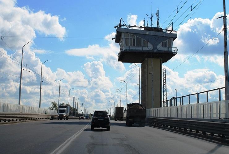 В Балакове мужчина упал с моста и погиб. Фото