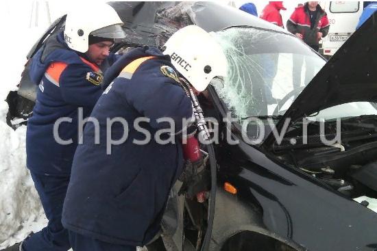 Две сельчанки погибли в ДТП под Балаковом