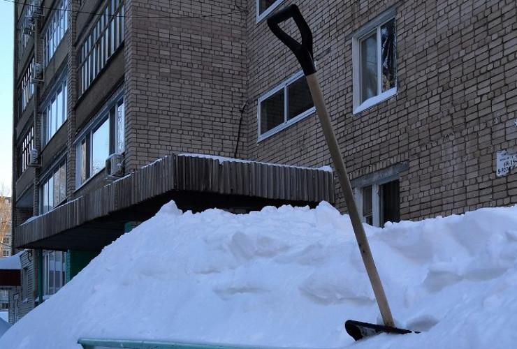 Взгляд со стороны. Как Балаково умудряется быть чистым в аномальные снегопады