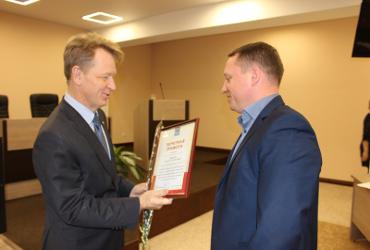 Главой города Балаково избран Роман Ирисов. Депутатами районного Собрания стали также одни единороссы