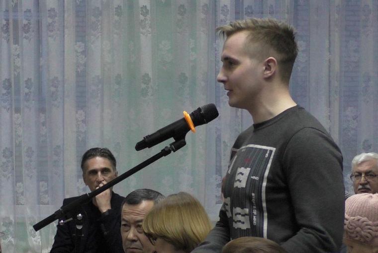 Активист Навального отказался от предложения Соловьева купить Lexus Чепрасова