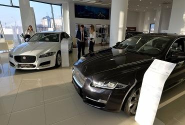Почему лучше не тянуть с покупкой автомобиля