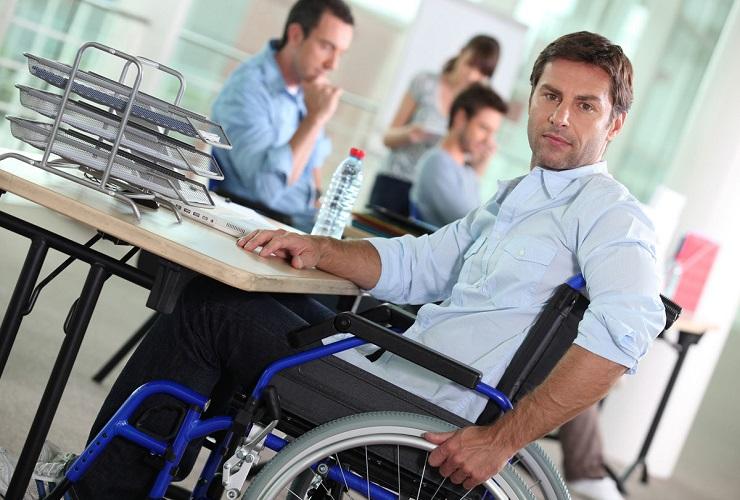 АТР-Холдинг нарушил права двух работников-инвалидов