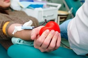 Без очередей и нервотрепок. Сдать кровь в поликлинике можно не только утром