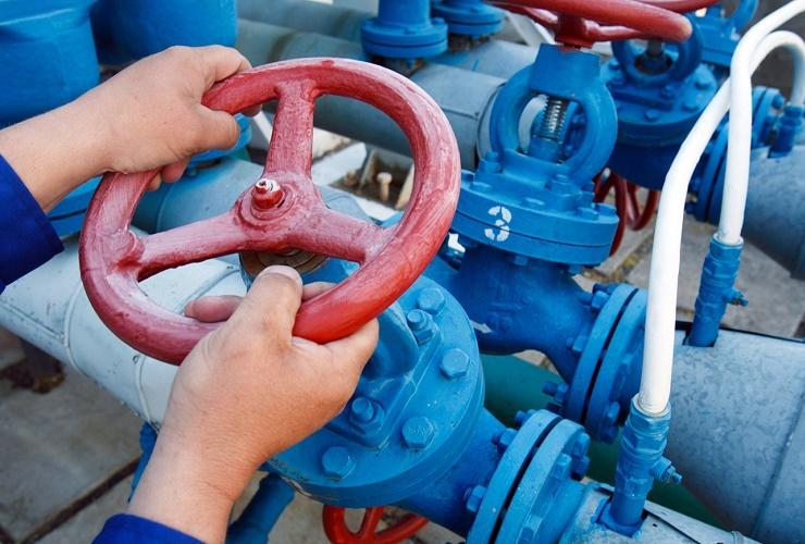 Судебные приставы Балакова отрезали от газоснабжения целое предприятие