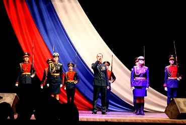 Мы будем верою и правдою служить России. Репортаж со Дня милиции/полиции