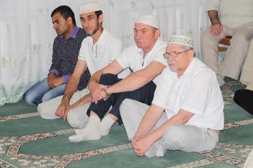 Саратовский Муфтий призвал мусульман молиться за врачей, медсестёр и санитаров
