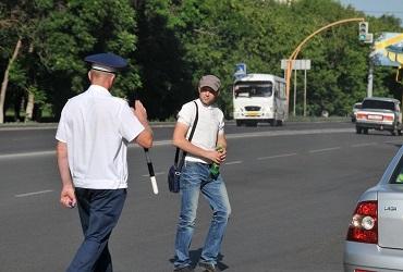 Переходи дорогу правильно. В Балакове оштрафовали 15 пешеходов