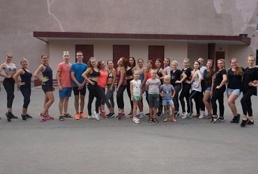 Балаковцы провели фитнес-день на открытом воздухе