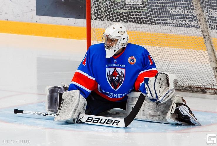 Холодный лед и жар сердец! Смотри матч легенд хоккея вместе с нами!