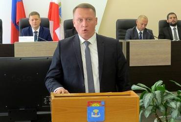 Денис Мамаев предложил накинуть депутатам по миллиону. Роман Ирисов посоветовал найти деньги в своем кармане