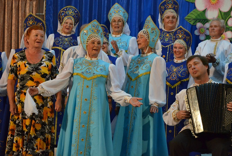 Сразу две памятные даты! Хор русской песни приглашает на юбилейный концерт. Видео