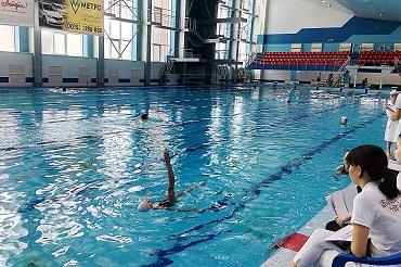 Приводите своих дочек на синхронное плавание