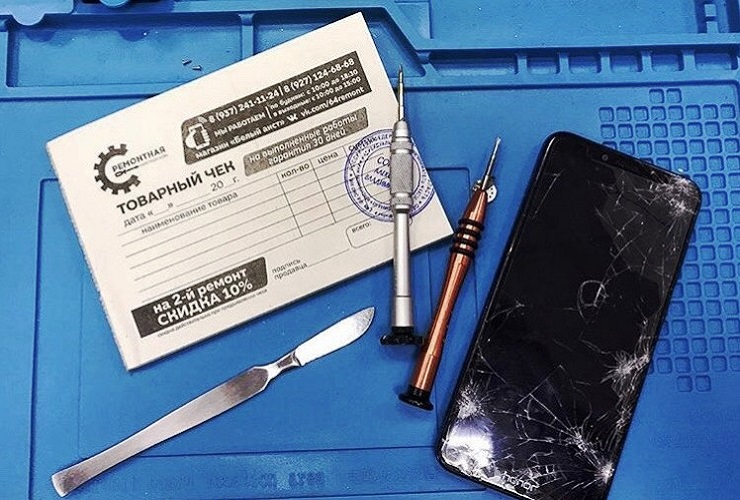 Если Аист поцарапал ваш экран. Кто поможет разрешить спор клиента и ремонтника