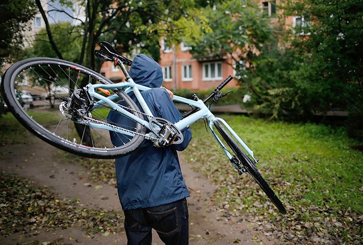 Полицейские раскрыли прошлогоднюю кражу велосипеда