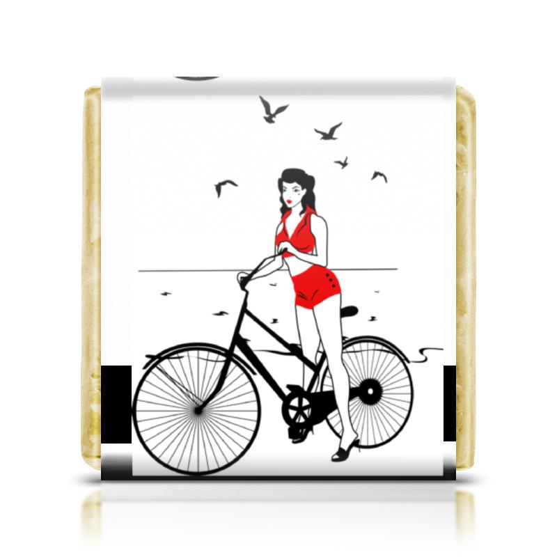 Printio Шоколадка 3,5×3,5 см Девушка на велосипеде. пин ап (eszadesign)