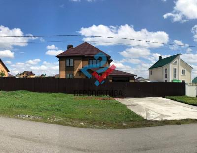 Россия, Белгородский район, село Таврово, микрорайон Таврово-9, Пригородная улица, 16
