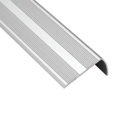Порог для кромок ступеней Д13 41х22х1800 мм серебро