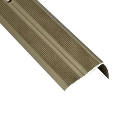 Порог для кромок ступеней Д13 41х22х900 мм бронза