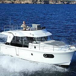 «NauticaBoats» официальный дилер яхт в России