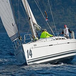 Sailboat FIRST 45 (BENETEAU - FARR) Venus