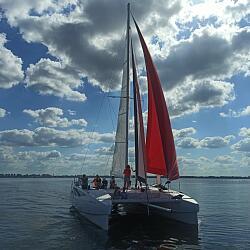 Sailboat Парусный катамаран