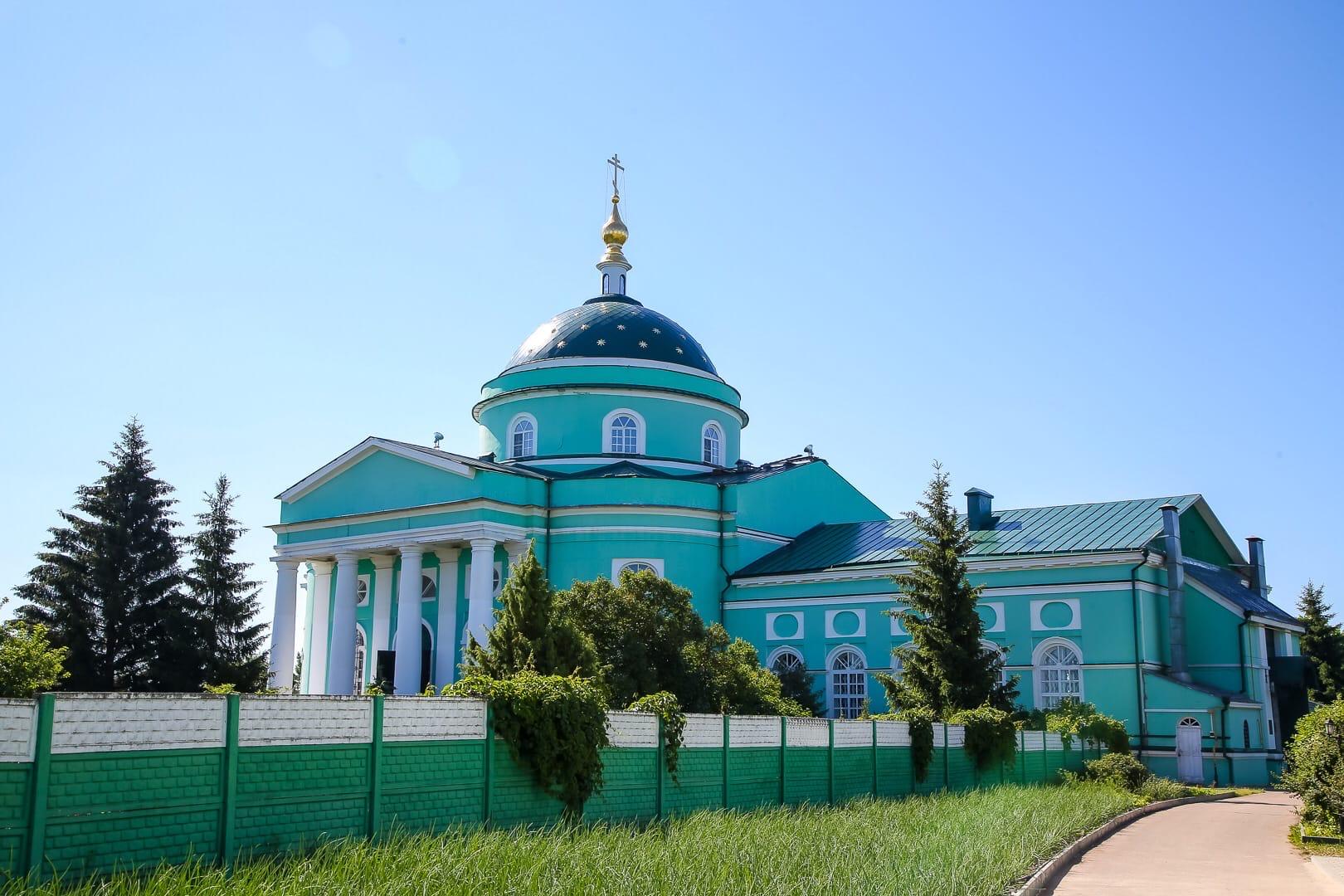 В селе Выездном освящен храм в честь преподобного Сергия Радонежского скита Дивеевского монастыря