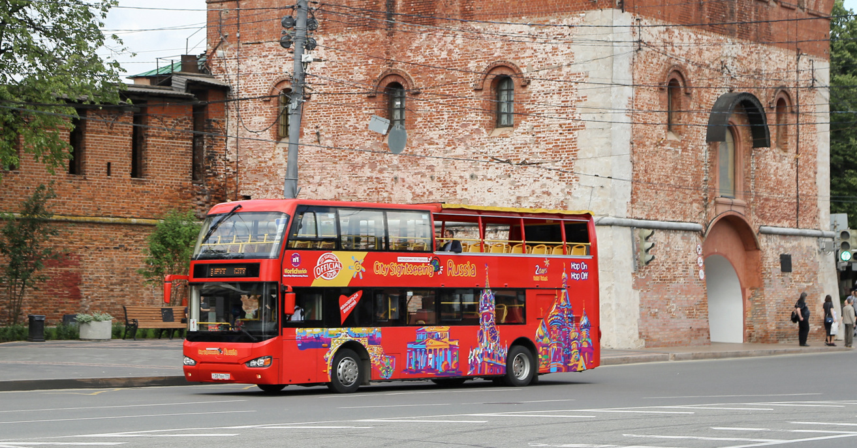 Двухэтажный экскурсионный автобус будет ходить по Нижнему Новгороду до 16 августа