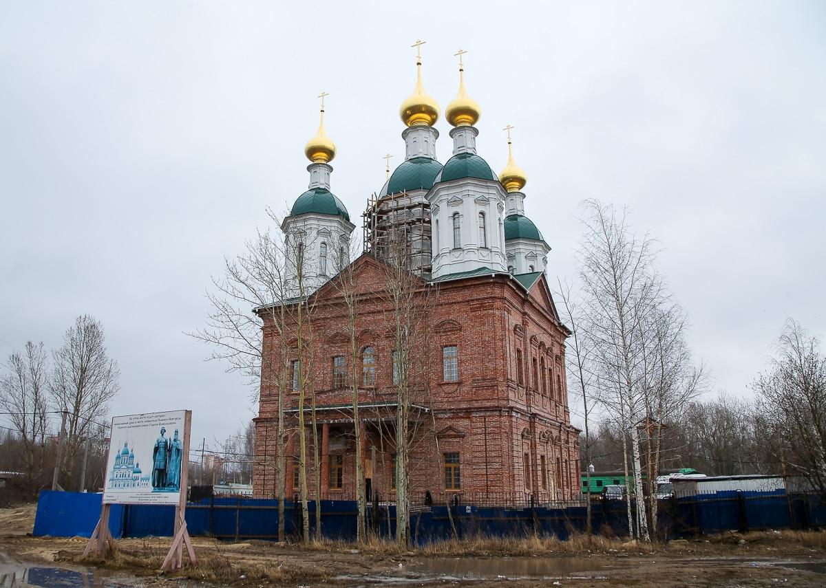Молебен на начало росписи прошел в строящемся храме в честь святого князя Георгия Всеволодовича