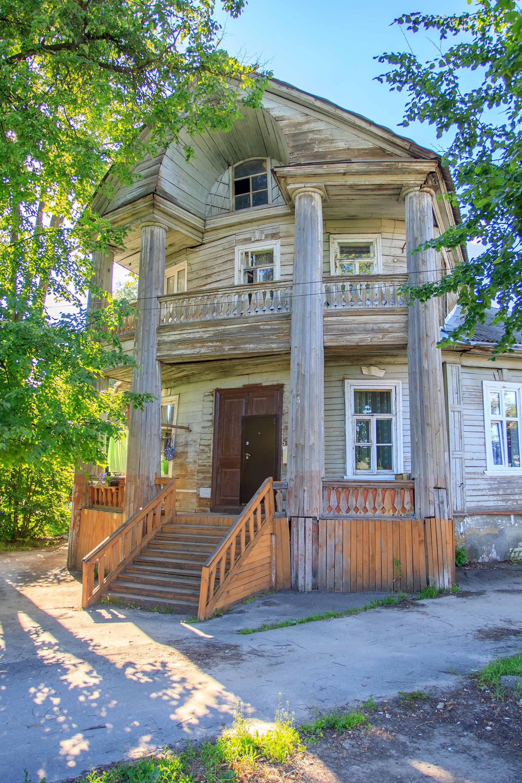 Дом Ханыкова