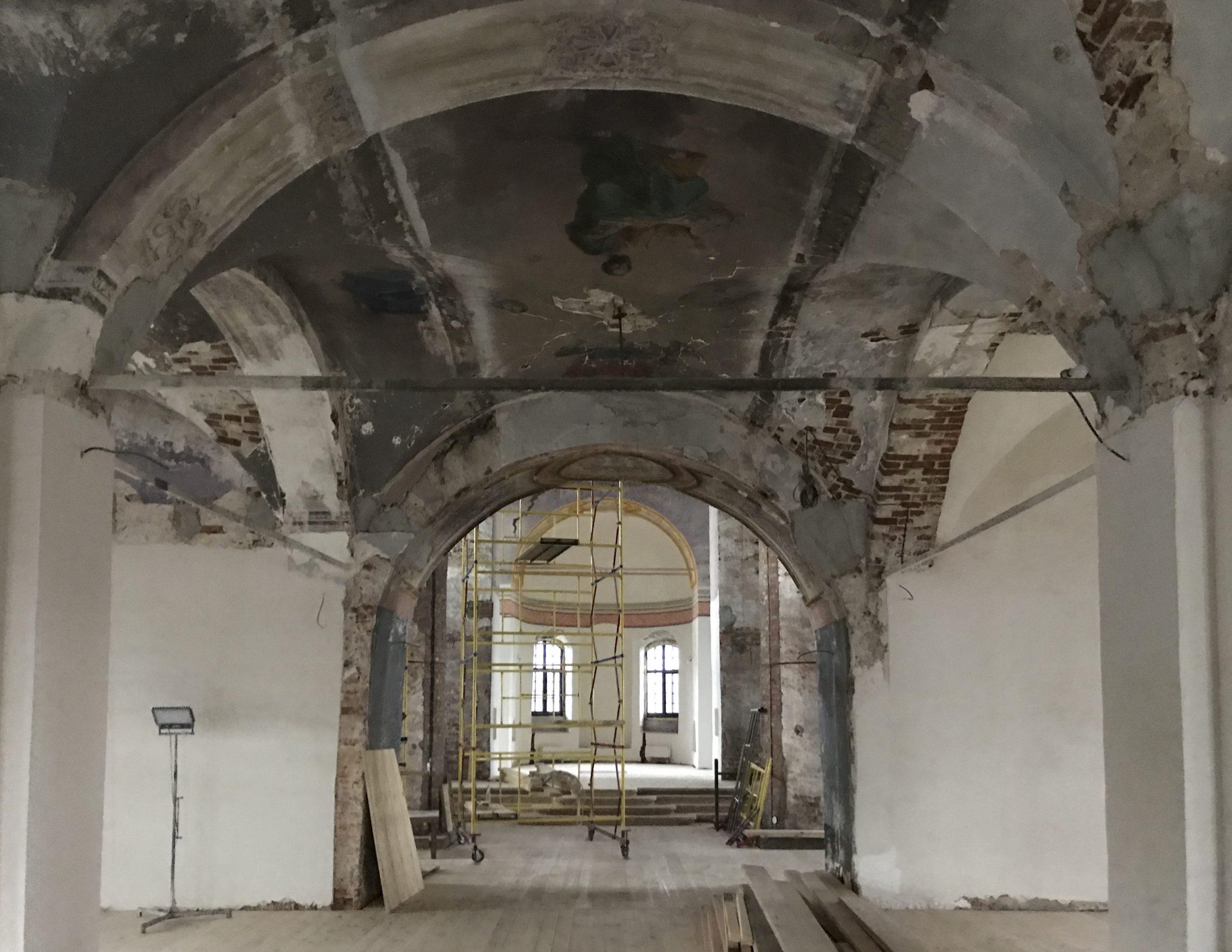 В главном соборе арзамасского мужского монастыря начались ремонтно-реставрационные работы