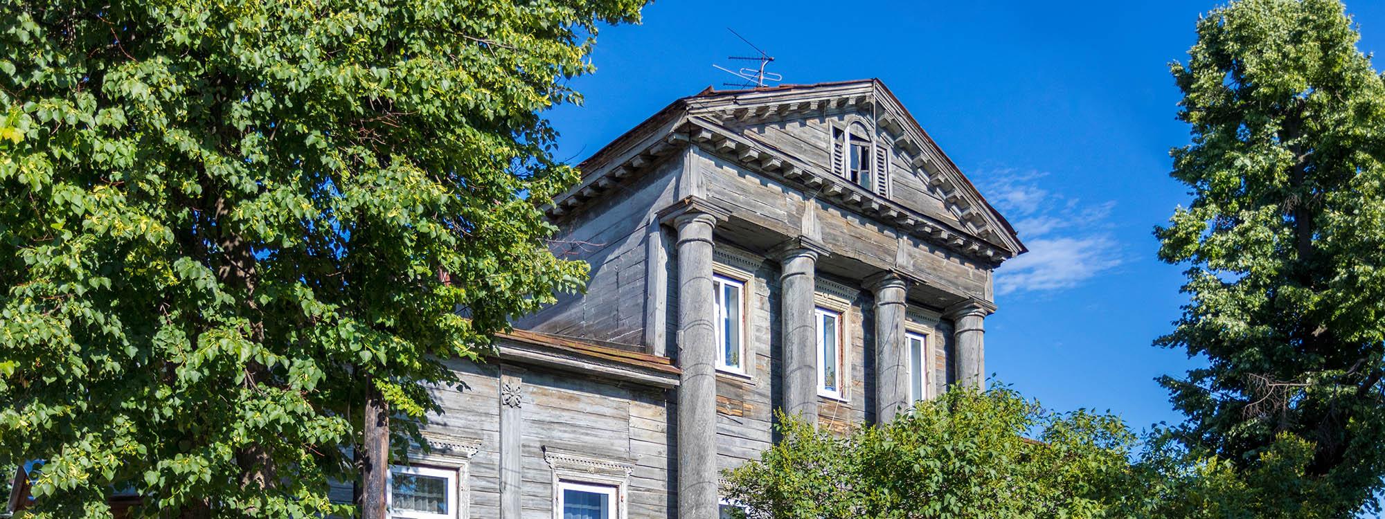 Дом Твердова (главный дом усадьбы дворян Панютиных)