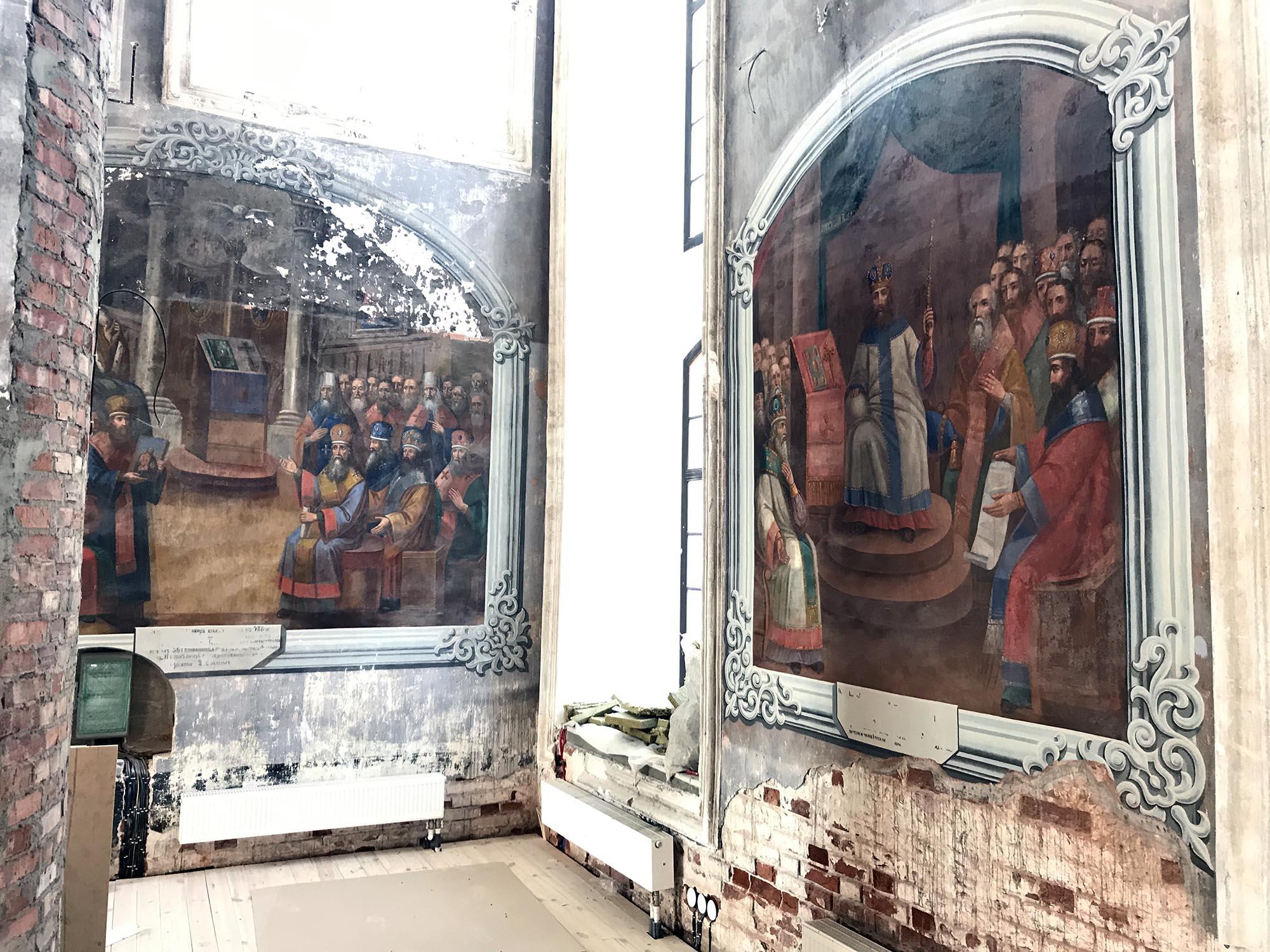В главном соборе арзамасского мужского монастыря продолжаются реставрационные работы