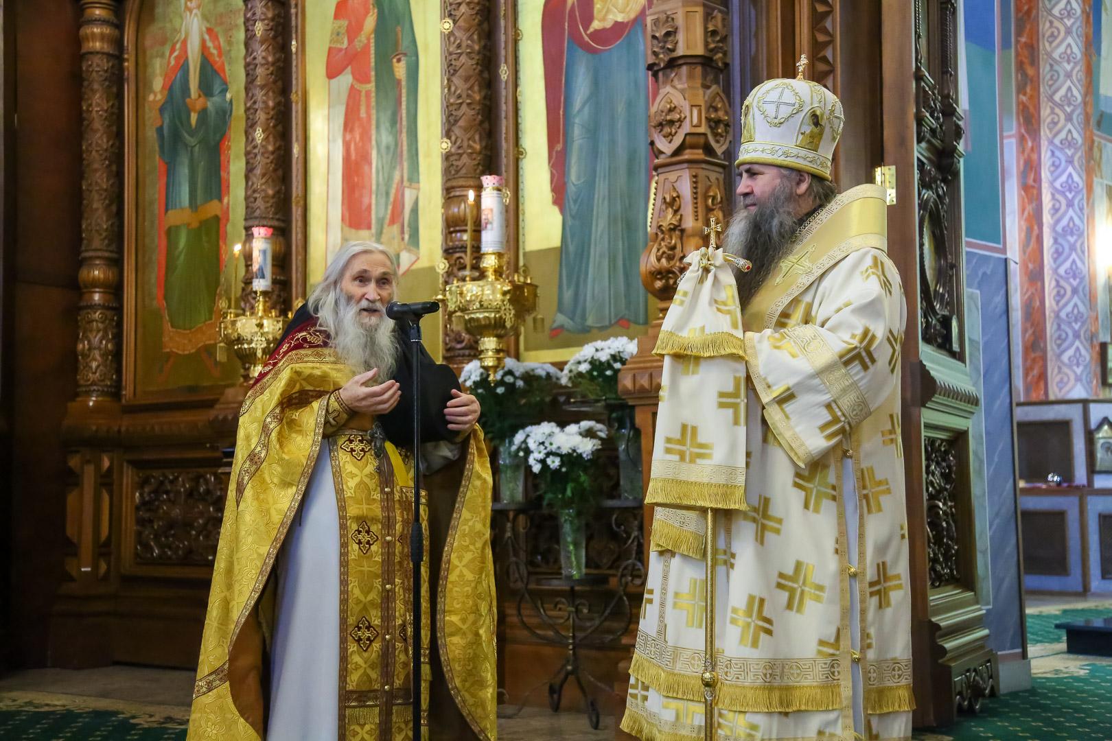 Духовник братии Оптиной пустыни схиархимандрит Илий (Ноздрин) посетил Серафимову землю