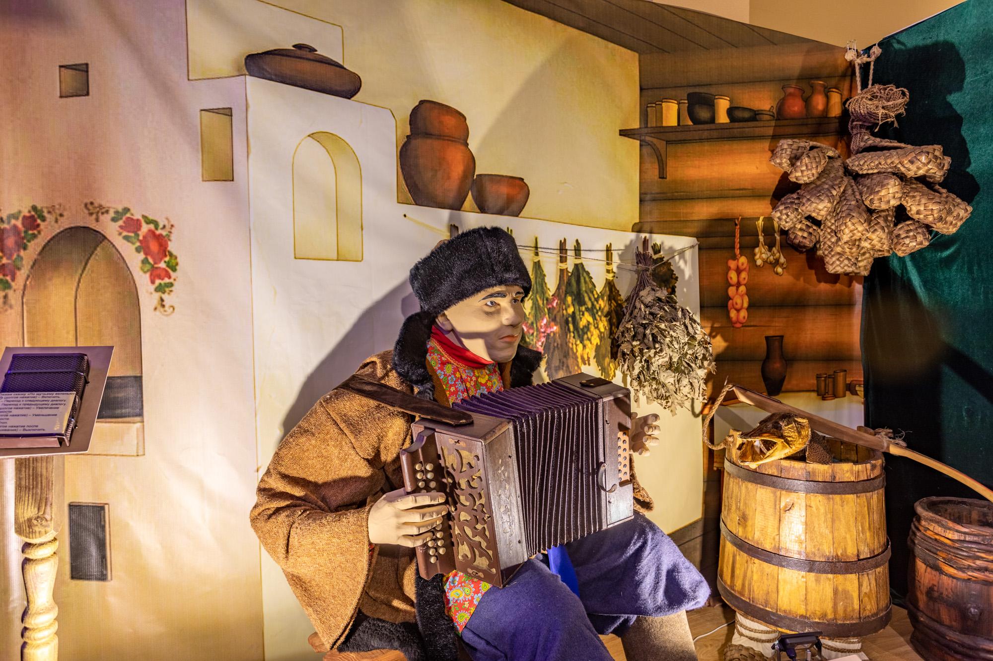 Интерактивная выставка «Сундук со сказками» открылась в арзамасском Литературно-мемориальном музее А.П. Гайдара