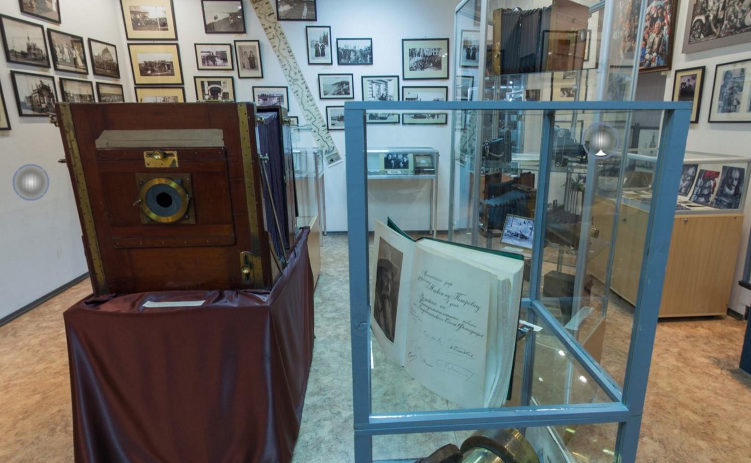 Русский музей фотографии в Нижнем Новгороде приглашает на новогоднюю программу