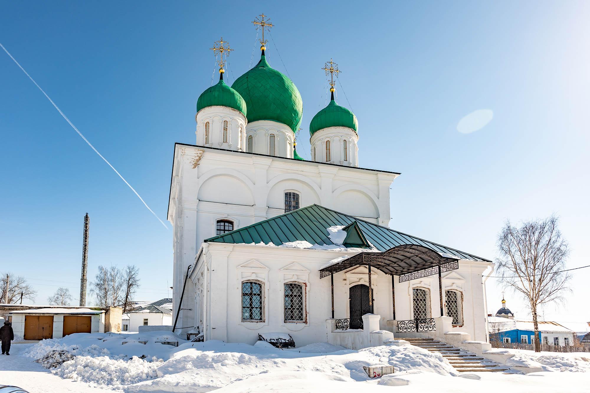 В Арзамасском Спасо-Преображенском монастыре открыли памятную доску семье купца Сторожева