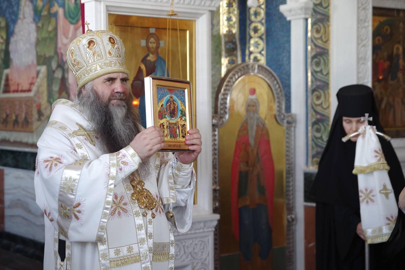 Придел в честь Собора Пресвятой Богородицы освятили в Благовещенском соборе Дивеевского монастыря