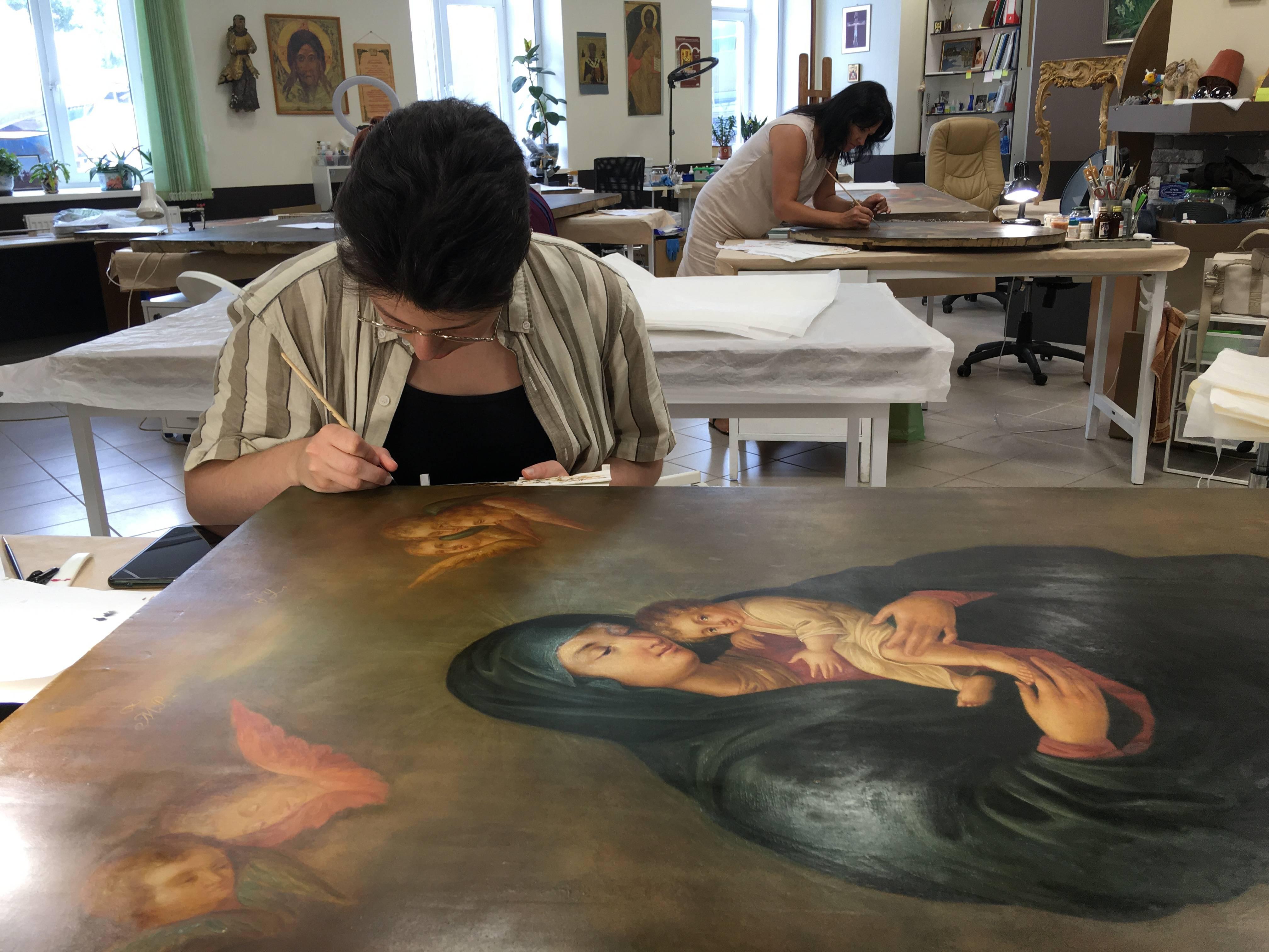 Сохраняя святыни: искусствовед Татьяна Васильева – о реставрации икон Воскресенского собора в Арзамасе