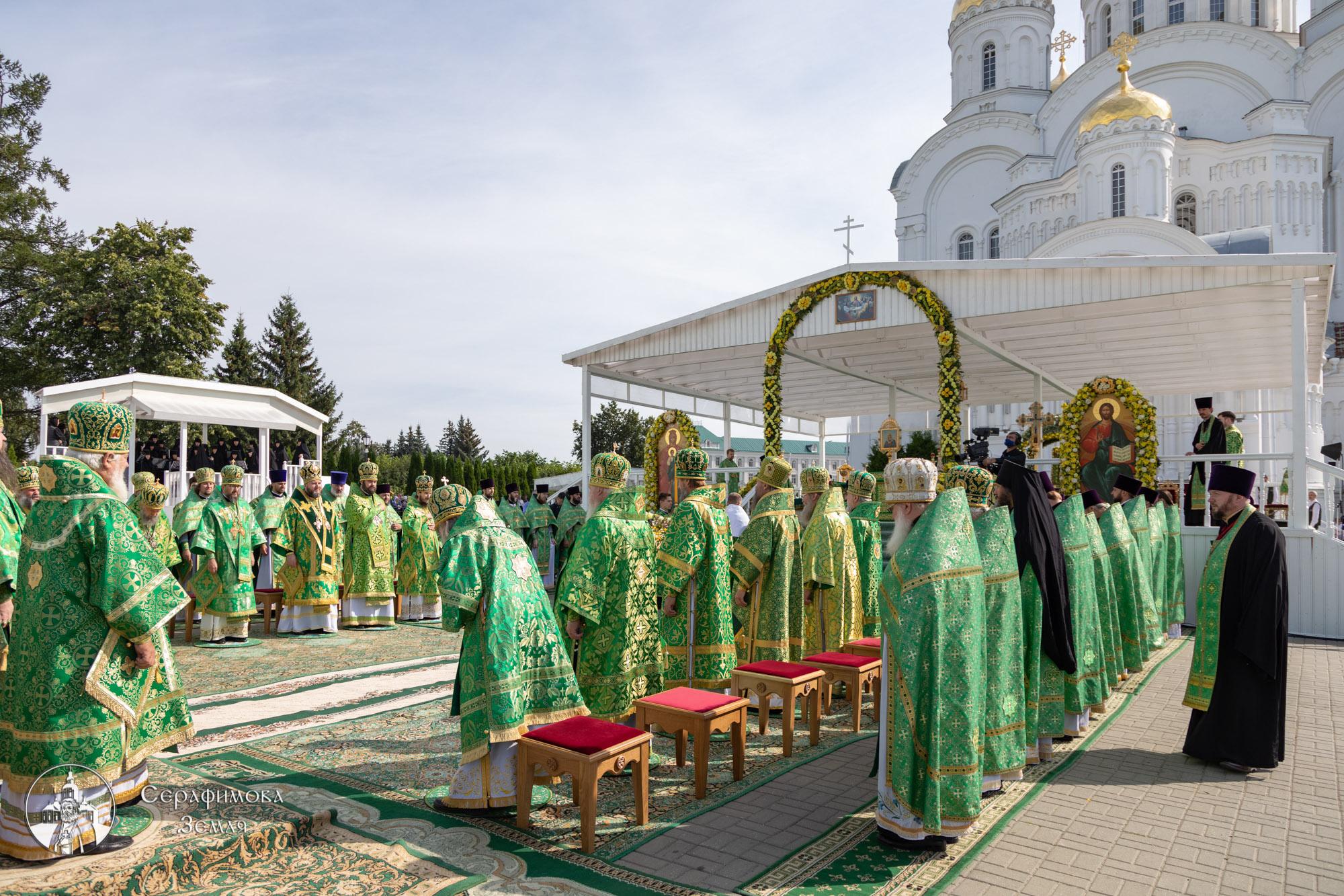 День памяти преподобного Серафима Саровского отметили в Дивеевском монастыре