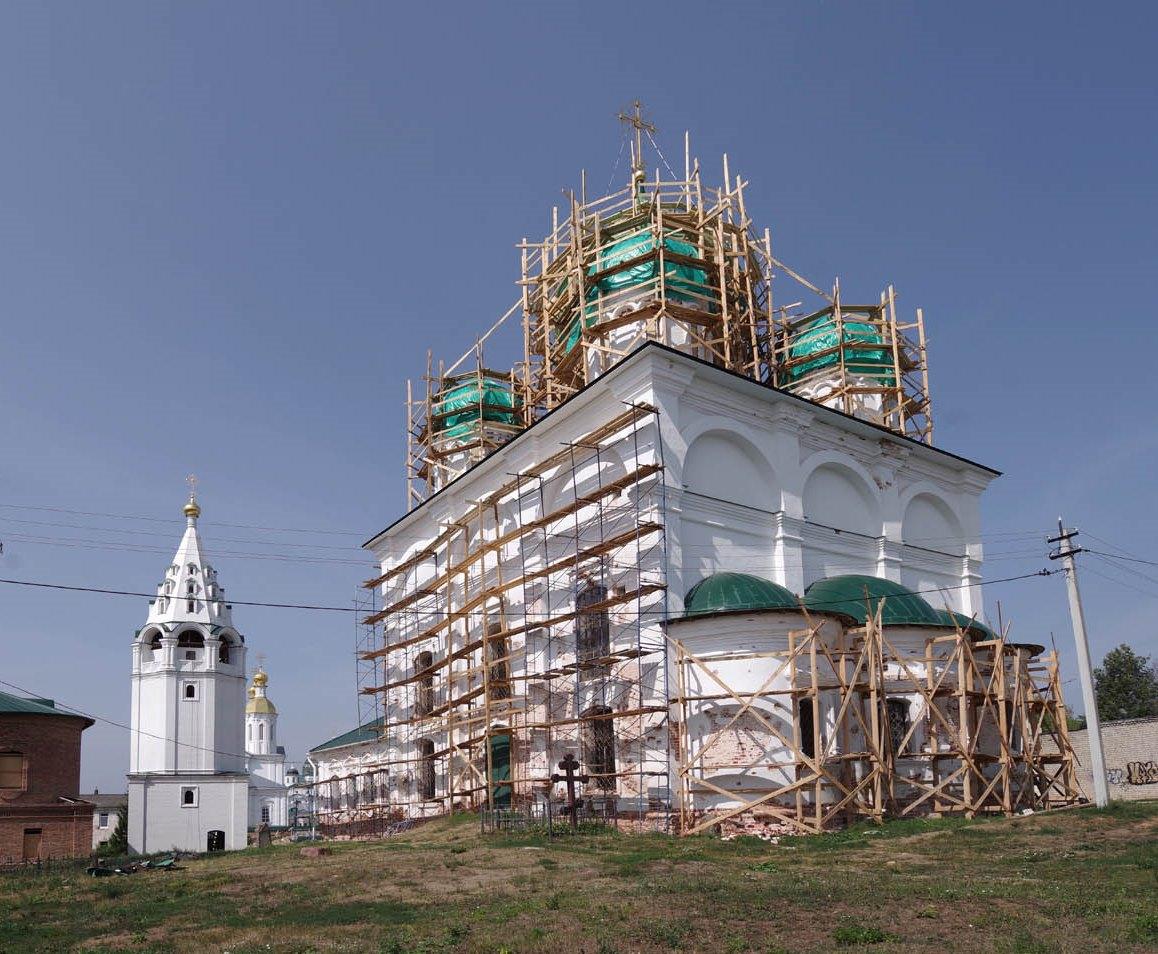 В Арзамасе продолжается реставрация Преображенского собора