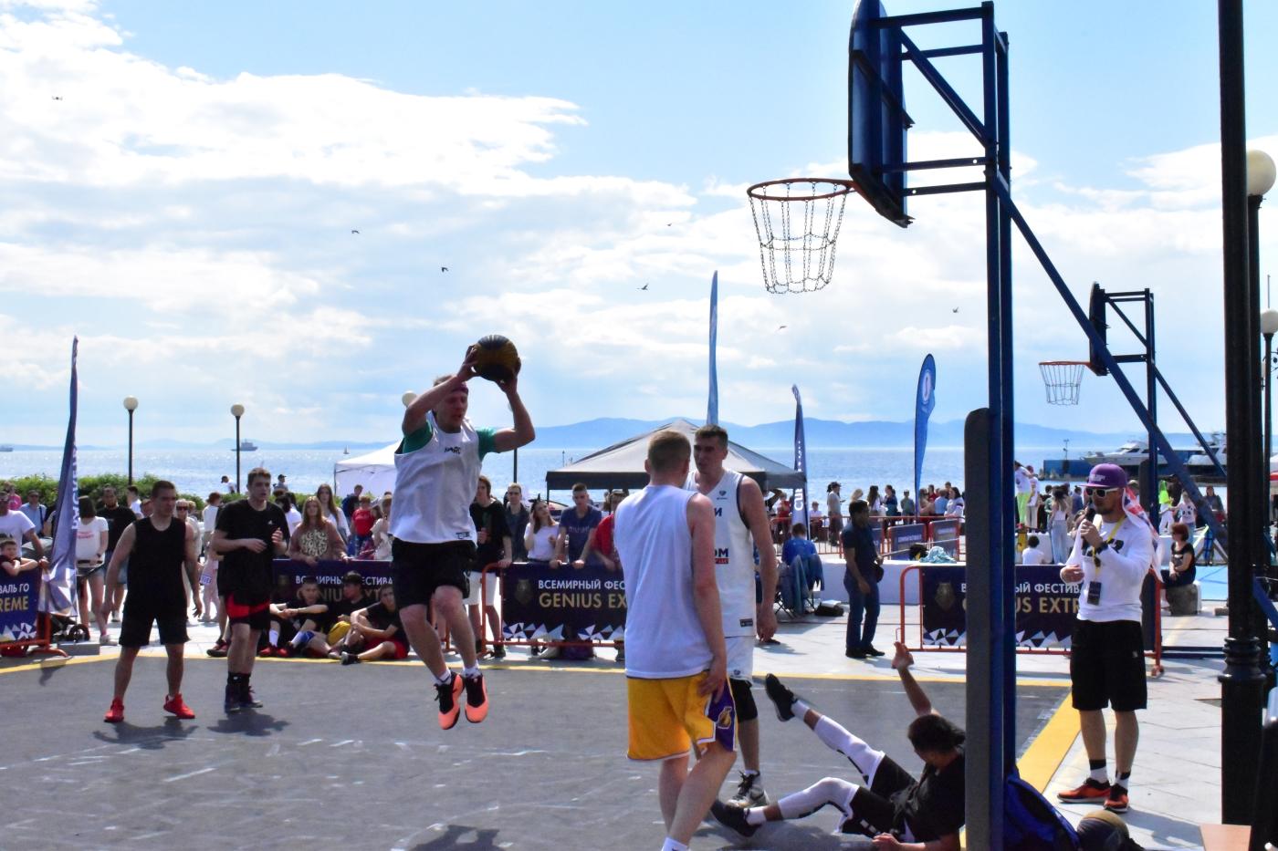 Баскетбол. Стритбол. Уличный баскетбол. Баскетбол Владивостока. Баскетбол Приморья. Новости спорта Приморья. Спорт во Владивостоке. Спорт Владивостока. Новости баскетбола. Результаты баскетбола.