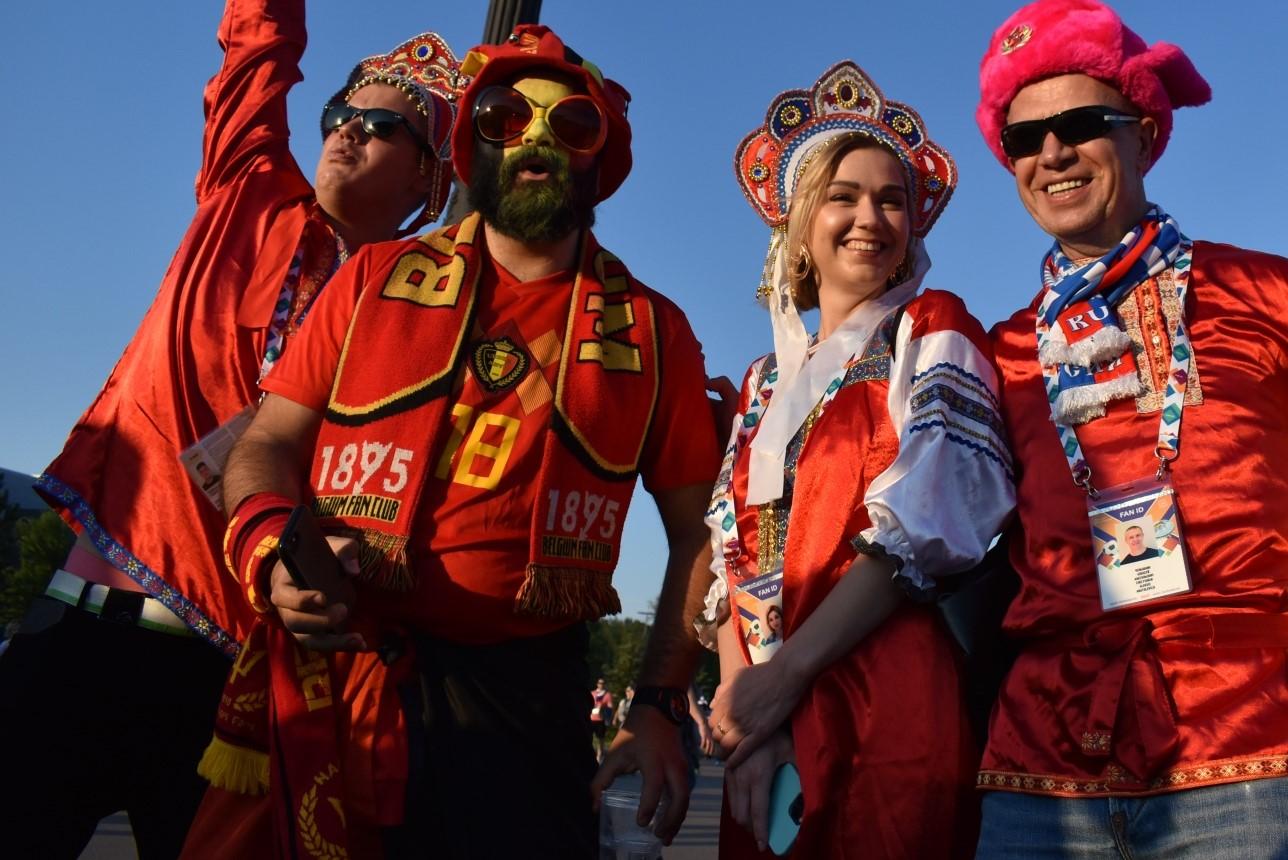 Новости Евро-2020, календарь Евро-2020, фото болельщиц, болельщицы Евро-2020, новости футбола, турнирные расклады Евро-2020, Когда будут матчи Евро?