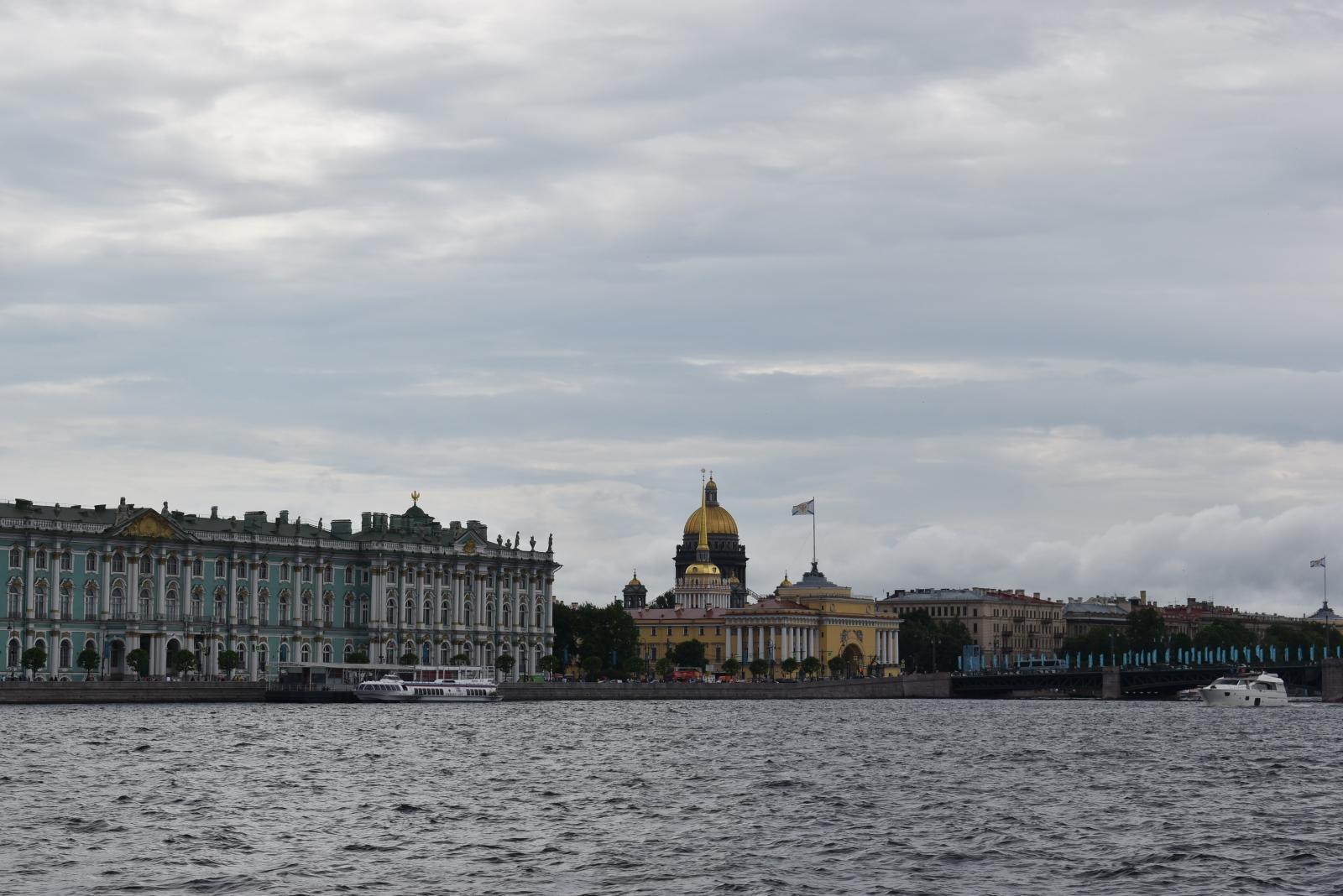 Экскурсии Санкт-Петербург. Экскурсии по Неве.