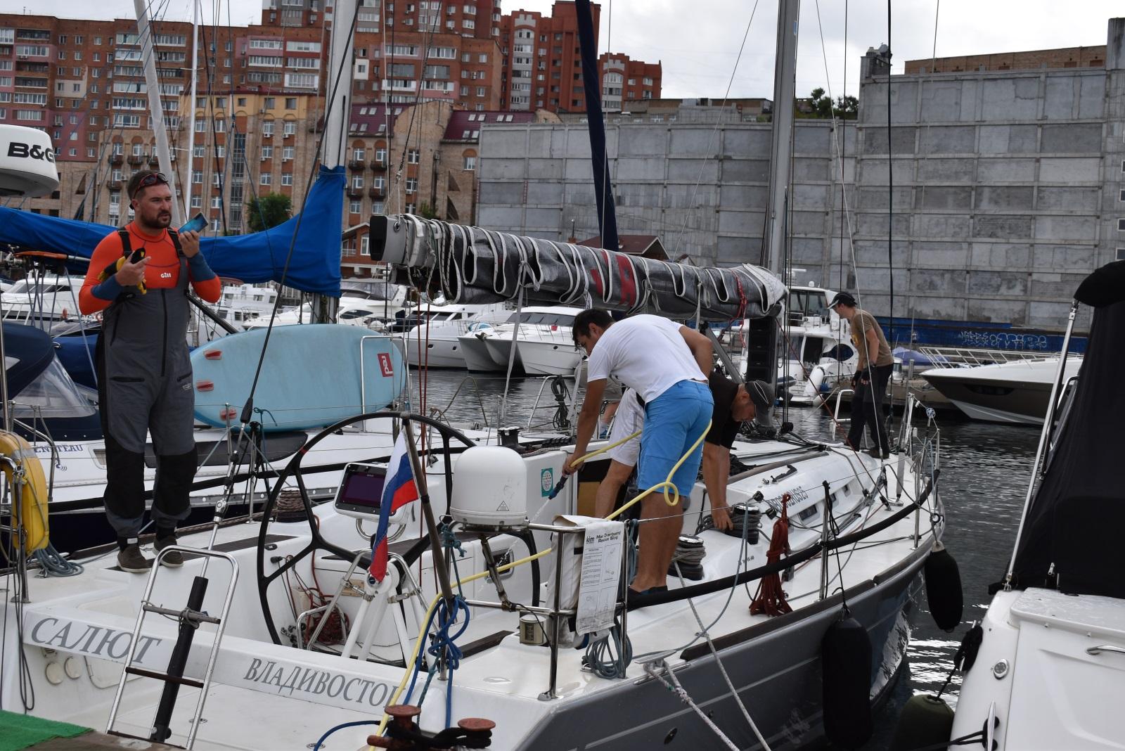 спорт25 яхта парус